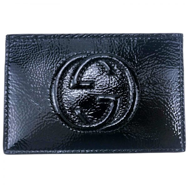 Authentic, New, and Unused Gucci Textured Patent Soho Envelope Card Case Wallet Black 337945 front view