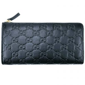 Authentic, New, and Unused Gucci Soft Black Leather GG Guccissima Zip Coin Wallet 332747 front view
