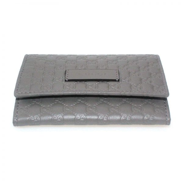Authentic, New, and Unused Gucci Microguccissima Card Case Wallet Gray 544030 bottom side view